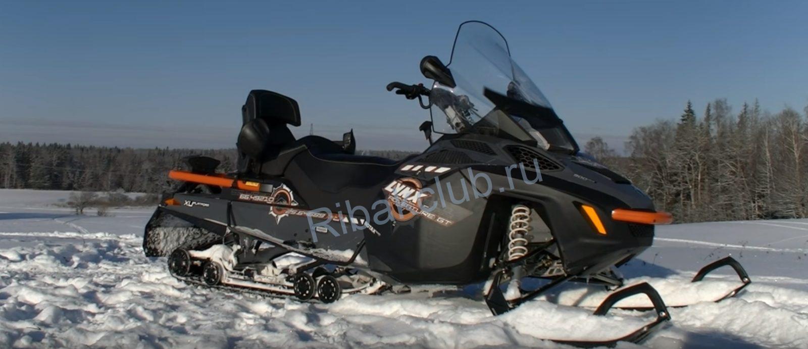 Транспорт для зимней рыбалки. Снегоход.